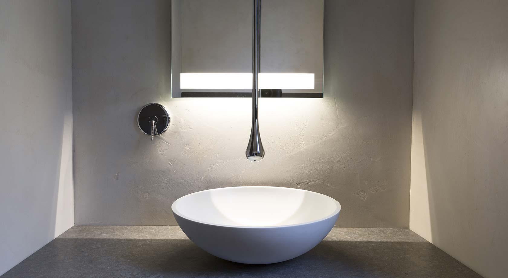 Vasche da bagno in corian rivestite in pietra arredo bagno su misura - Vasche da bagno su misura ...