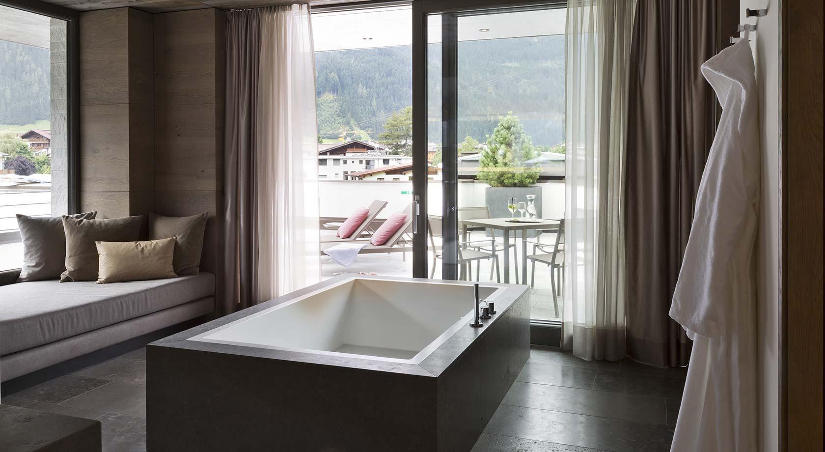 Vasca Da Bagno Per Hotel : Vasche da bagno in corian rivestite in pietra arredo bagno su misura