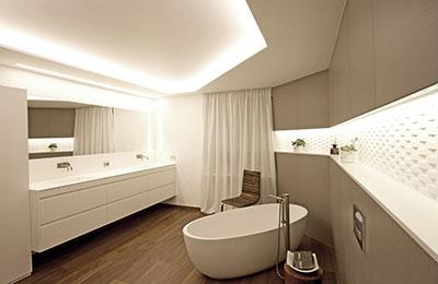 Mobile rivestito in corian progetto residenziale - Nicchie in bagno ...